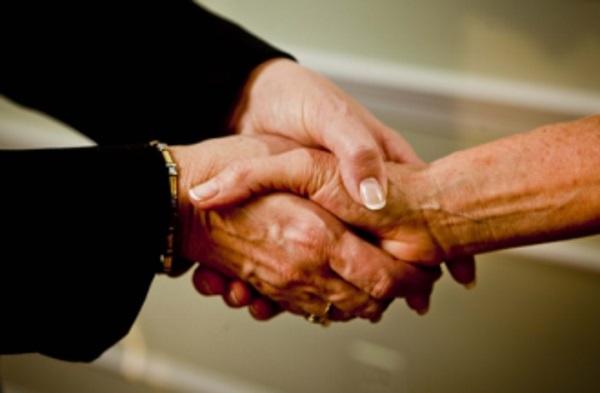 handshaking-double-handed