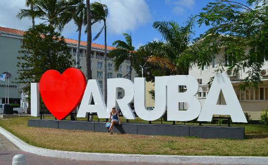 Deandrea Joins One Caribbean Television In Aruba