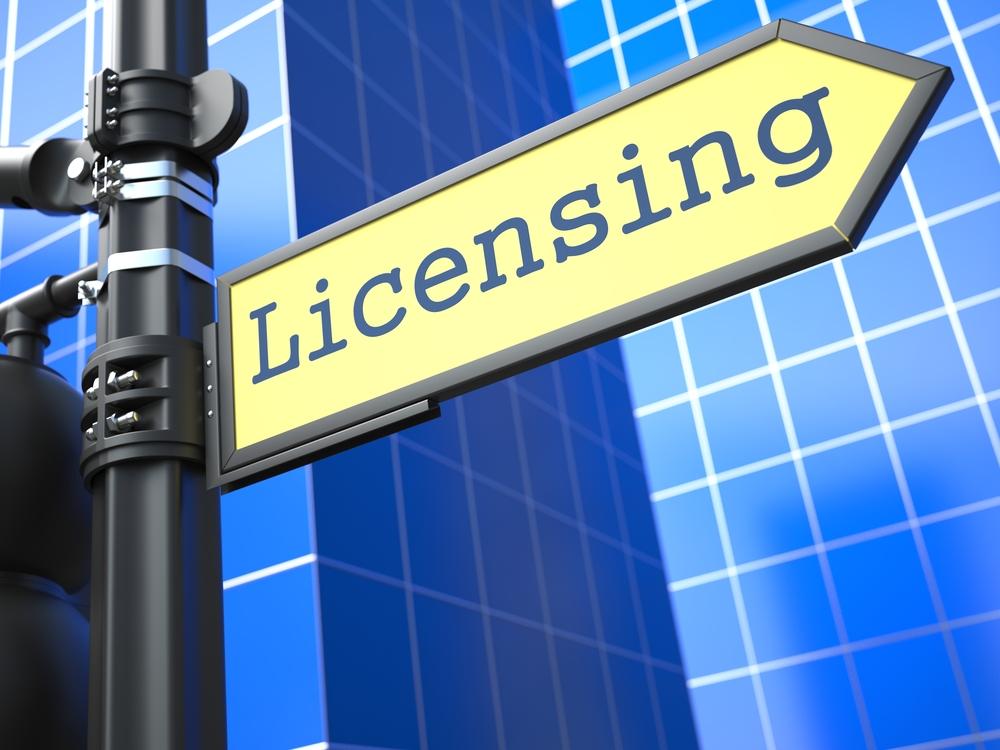 Licensing-Street-Sign