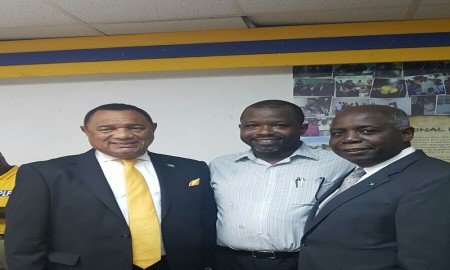 Wayne with PLP Leaders