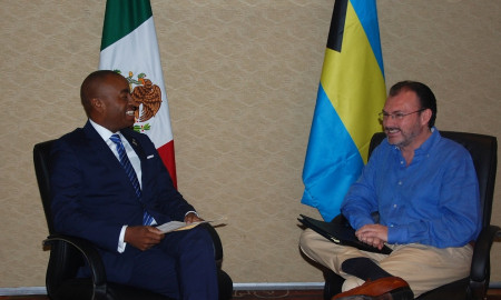 Minister Henfield meets with Mexican Foreign Minister H.E. Luis Videgaray