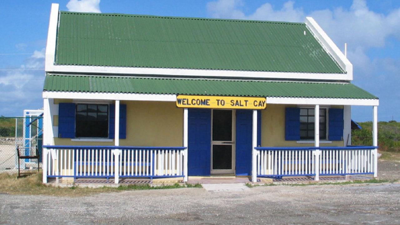 salt-cay-airport-terminal