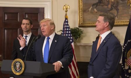 President_Donald_J._Trump,_Senator_Tom_Cotton,_and_Senator_David_Perdue,_August_2,_2017_(36182228582)