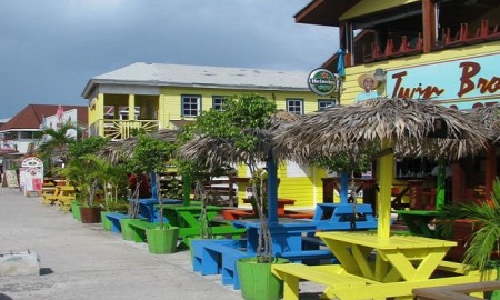 twin-brothers-at-arawak-cay-nassau-bahamas1152_13024034124-tpfil02aw-31663
